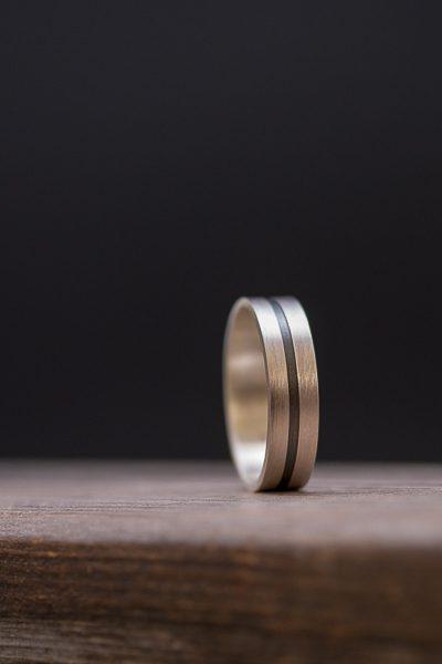 טבעת עם פס