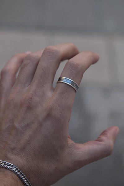 טבעת עם השחרה