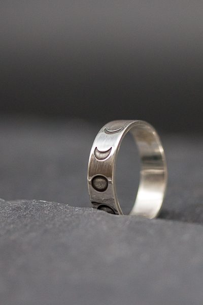טבעת מופעי הירח