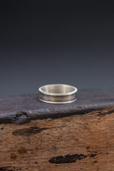 טבעת שחורה לגבר