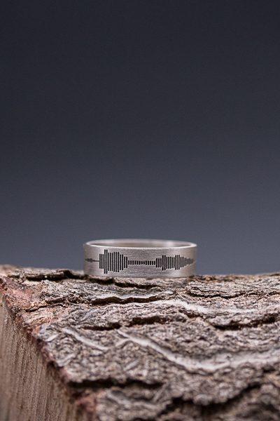 טבעת חריטה של סאונד
